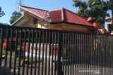 Sabtu dini hari, pos penjagaan Mako Brimob Purwokerto ditembaki OTK