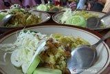 Produksi makanan tradisional mides jelang Lebaran meningkat