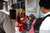 Dinas Sosial berikan bantuan perlengkapan balita di  Rutan Martapura