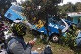 Dua bus tabrakan di jalur mudik lintas Kabupaten Garut