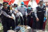 1.156 botol minuman beralkohol hasil razia di Magelang dimusnahkan