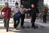 KPK tahan  tersangka kasus suap imigrasi Mataram