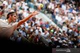 Federer ke 16 besar Prancis Open usai kalahkan Ruud