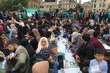 Buka puasa di Trafalgar Square London