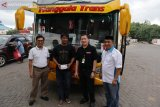Pertamina dan Hiswana Migas bagi 130.000 takjil di 100 SPBU se-Sulawesi