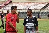 Liga 1 - Luciano Leandro evaluasi kinerja pemain Persipura