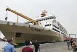 Pemudik beralih ke  kapal karena tiket pesawat mahal