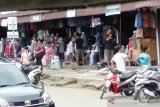 Gempa Nias buat warga panik dan berhamburan keluar rumah