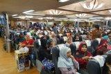 Hingga Minggu, ASDP Merak telah menyeberangkan 682.446 penumpang