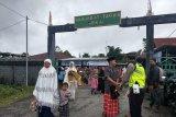 Polres Yahukimo dan BKO Brimob amankan shalat Idul Fitri
