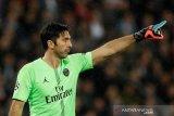 Tinggalkan PSG, Buffon ke Barcelona?
