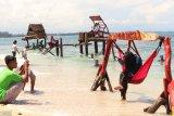Dua ribu wisatawan kunjungi Pulau Angso Duo per Hari (video)