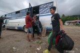 Arus balik jalur Trans Sulawesi padat