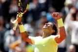 Nadal berhasil angkat piala kemenangan ke-12 French Open