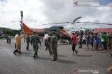 Satu helikopter didatangkan percepat bantuan logistik korban banjir Konawe Utara
