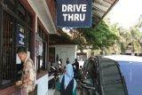 Warga bayar PKB di Samsat Drive Thru Rajabasa karena prosesnya cepat