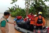 Basarnas Dropping Logistik Tujuh Desa Terisolir Konawe Utara