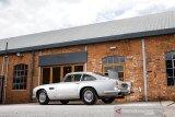 Mobil Aston Martin DB5  khusus untuk James Bond akan dilelang