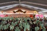 Jokowi bagikan sepeda saat serahkan sertifikat tanah di Bali