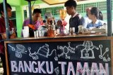Mahasiswa USTJ Papua kembangkan diri dengan buka kedai kopi