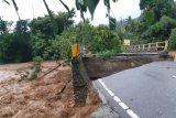 Lalu lintas Trans Sulawesi di Morowali belum pulih