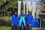 Mahasiswa UM Purwokerto ciptakan celana terapi bagi balita