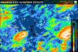 BMKG ingatkan hujan petir dan angin kencang di Pulau Jawa dan Sumatera