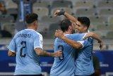 Uruguay lumat Ekuador empat gol tanpa balas