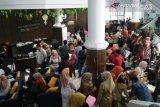 Kantor pajak Kendari diserbu pendaftar NPWP baru