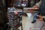 Ratusan batang rokok ilegal hasil razia di Pekalongan disita