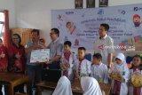 Jamkrindo Palembang salurkan bantuan 500 paket alat sekolah