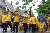 Wujud rasa syukur, piala bergilir MTQ Sumbar diarak keliling Kota Batusangkar