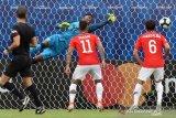 Chile hadapi dilema memainkan Sanchez atau tidak lawan Uruguay