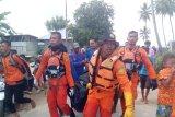 Tim SAR evakuasi jenazah nelayan yang hilang di Perairan Teluk Tomini