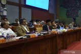 Seven regions allocate 20 percent budget fund for education