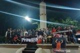 Suporter Pasoepati doa bersama untuk mantan pemain Persis, Ferryanto