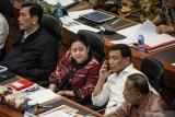 Darmin: Ekonomi Indonesia tetap tumbuh di tengah tekanan global saat ini