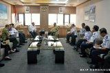 Gubernur Lampung-Menhub bahas jalur KA angkutan batu bara