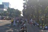 Massa kecewa tidak bisa berunjuk rasa di depan gedung MK