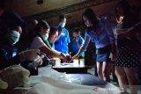 Positif gunakan narkoba, tiga pengunjung THM di Solo diamankan