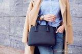 Kebiasaan yang harus dihindari saat bawa tas