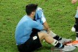Uruguay tersingkir, Suarez sembunyikan tangisnya