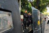 Kepolisian tidak mengendurkan pengamanan di KPU meski tak ada massa