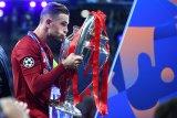 Henderson abadikan trofi Liga Champions di tubuhnya