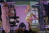 Taylor Swift urutan pertama artis dengan pendapatan tertinggi