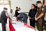 Ciptakan pemerintahan yang bersih, pejabat di Lamandau teken pakta integritas