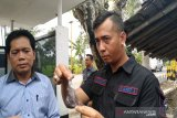 Polisi melacak arah perlarian pelaku penembakan Pospol Siluwok
