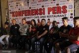 12 petinju dunia menghadiri dalam kejuaraan tinju dunia di Kupang