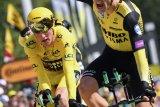 Jumbo dan Teunissen kampiun team time-trial etape kedua Tour de France