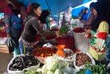 Harga cabai merah di Dharmasraya setara 10 kilogram getah karet